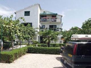 Appartement dans villa - Vodice vacation rentals