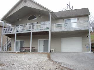 Lakefront home on Norris Lake with covered dock - La Follette vacation rentals