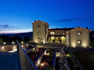 Villa Li Zuti 3 - San Polo in Chianti vacation rentals