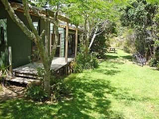Aroona - Cooks Beach vacation rentals