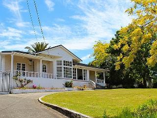 Gateway to Paradise - Nelson-Tasman Region vacation rentals
