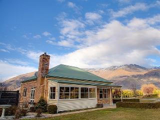Arrow Cottage - South Island vacation rentals