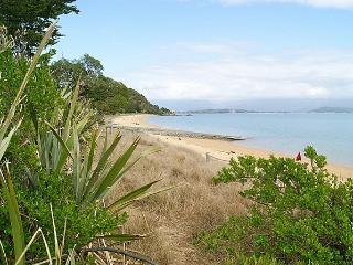 Treed - Golden Bay vacation rentals