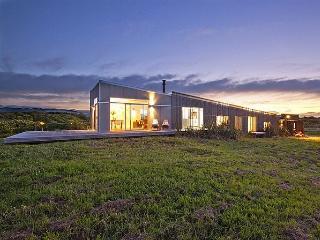 Peka Peka Retreat - Waikanae vacation rentals