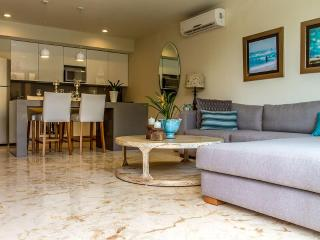 Luxury Condo in Downtown 5 Minutes From the Beach! - Playa del Carmen vacation rentals