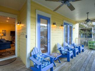 Gulf views, roof deck, community pool access on quiet street - The Five SeaSons - Seagrove Beach vacation rentals
