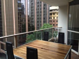 2 bedroom Apt 5 minute walk from Circular Quay - Sydney vacation rentals