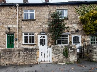 Character stone cottage, Bramham, free wifi,cosy - Wetherby vacation rentals