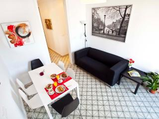 Great Value 4 Double Bedroom Center - Murcia vacation rentals