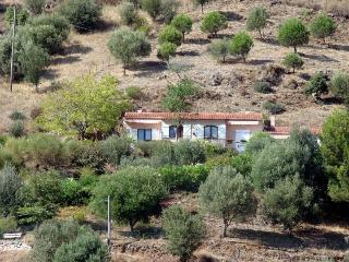 Gîtes ruraux Aria Falcona - Propriano vacation rentals