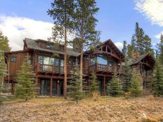Close to Town, Ski Lifts & Golf - Spacious Morning Star Lodge with Hot Tub - Breckenridge vacation rentals