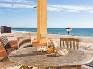 Amazing Beach Apt! The Best Seaview - Faro vacation rentals