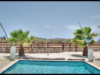 Rancho Azul-Beautiful views of the Northern Shore! - Noord vacation rentals