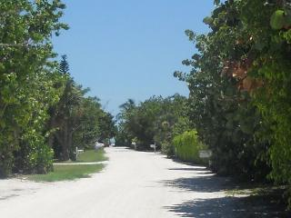 Summer 2015 available! Great east-end location, re - Sanibel Island vacation rentals