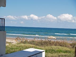 Cute as a Button SPI Beachfront Studio OCEAN Condo - South Padre Island vacation rentals