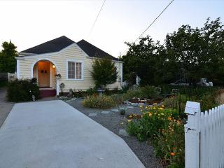 Cream City Cottage in Victorian Village of Ferndale, 2 Bdrm & Studio (fee) - Ferndale vacation rentals