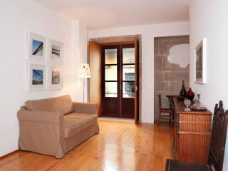Romantic Apartment in city center - Porto vacation rentals