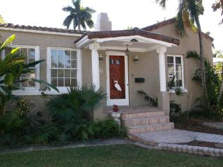 Mediterranean Charm By The Lake, Beach & Downtown - Hollywood vacation rentals