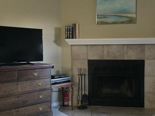 Fully Furnished 3rd floor Condo Sweet Boulder,Co. - Front Range Colorado vacation rentals