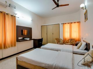 Corner Stay Serviced Apartment - Race Course-Standard Room-Pvt Room - Coimbatore vacation rentals