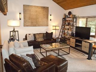 Sunburst #2785- Elkhorn - COMPLETELY REMODELED THREE BEDROOM CONDO; - Central Idaho vacation rentals