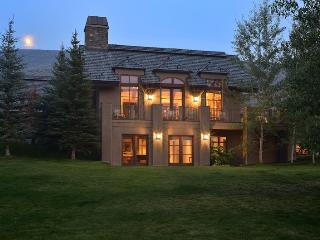 Morningstar Road # 715 - Elkhorn - Elegant four bedroom house with central air conditioning - Ketchum vacation rentals