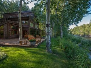 Broadway Run 34 - Central Air Conditioning Grand Rustic Mountain Getaway on the Big Wood River - Ketchum vacation rentals