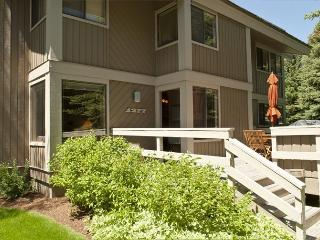Villager #1277, Sun Valley - Economical condo for large family or group; - Sun Valley vacation rentals