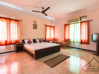 Corner Stay Serviced Apartment- Race Course-Deluxe Room-Pvt - Coimbatore vacation rentals