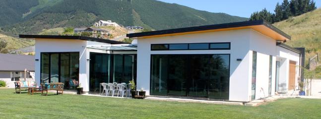 Montebello   Sleeps 6   from $250 - Nelson vacation rentals