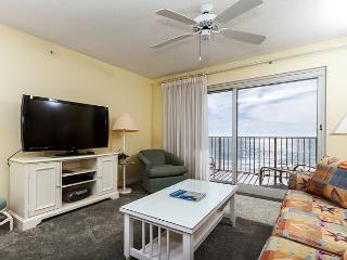 SL 303:3rd floor beach front,free beach service, snorkeling, GOLF, movies - Fort Walton Beach vacation rentals