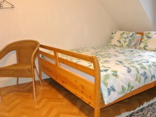 Studio near EU and city center - Brussels vacation rentals