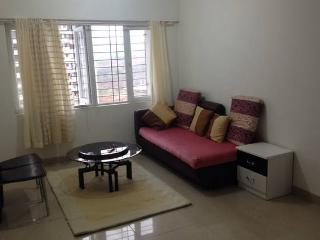 Independent 2 Bedroom Apartment all yours - Mumbai (Bombay) vacation rentals