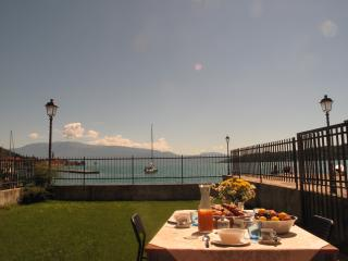 Rive New Apartment Private Garden Directly Lake - Salò vacation rentals