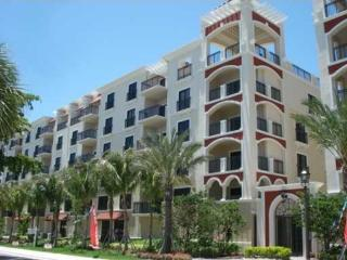 Luxury 1 bed 1 bath by Ocean. Pool gym parking - Fort Lauderdale vacation rentals