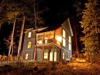 Cash`s Sluice Lodge - Lead vacation rentals