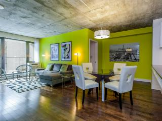 Luxury Downtown 2 bdrm Condo,  3362 - Quebec vacation rentals