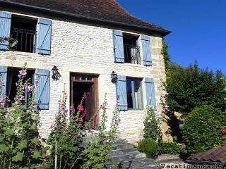 275/17th-century-plazac-country-village-neighbor - Cendrieux vacation rentals