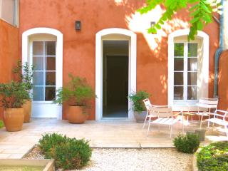 Maisons de Marseille - SuiteDelux - Marseille vacation rentals