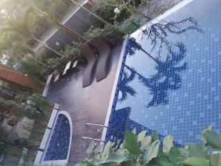 2BR in city close Night bazaar & old city, 209 - Chiang Mai Province vacation rentals