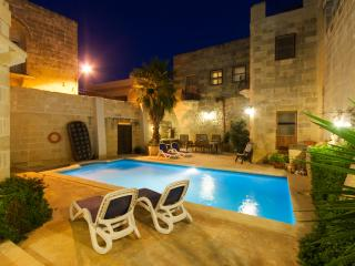 Gozovigliando Bed & Breakfast House Of Character 4 - Xaghra vacation rentals