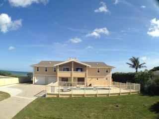 GOLDEN SANDS® PEARL - Luxury, Private Beach, Pool - Cocoa Beach vacation rentals