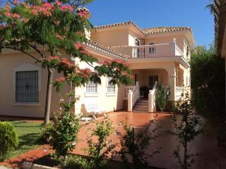 Villa Celia. Torremolinos. Beach & Golf - Torremolinos vacation rentals