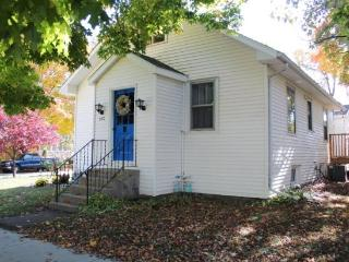Breeze Inn - Weekly stays begin on Sunday - South Haven vacation rentals