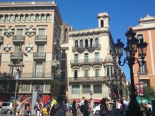 DORMAN PLACE II - Barcelona vacation rentals