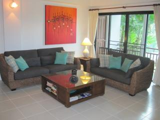 Nai Harn Beach Phuket, beautiful 2 bedroom Condo - Phuket vacation rentals