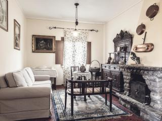 La Villa Del Cedro - Oliveto vacation rentals
