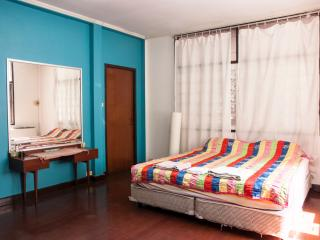 Private bedroom Thonglor - Big house - Central BKK - Bangkok vacation rentals