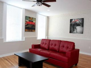 Hosteeva 1Bdr suite in the heart of FQ #402 - Louisiana vacation rentals