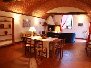 Villa Le Corti - Casa Elena - Marradi vacation rentals